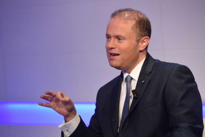 "Muscat said that although he acknowledged surveys' results, he never let himself be guided by them. ""I don't follow numbers,"" he said. ""I make them."""